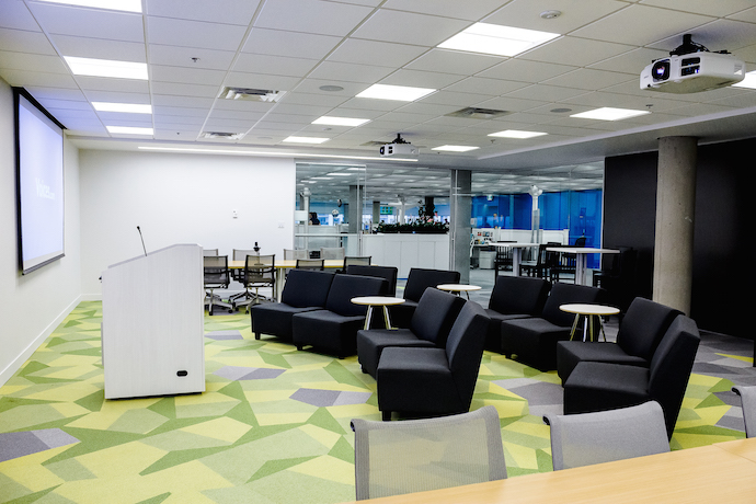 Several different meeting space sizes means there is a space for every occasion. The Forum was built to host larger, departmental meetings and training programs for employees. Image courtesy of In Design Associates.